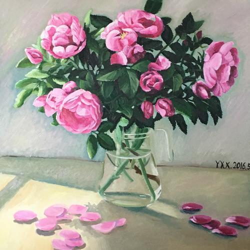 窗台上的玫瑰